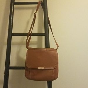 Brown leather purse only used once or twice